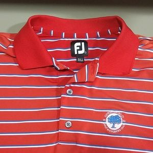 Footjoy size L short sleeve spandex and polyester